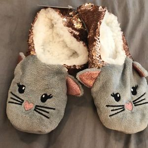 NWT Cat Slipper Socks with grippers